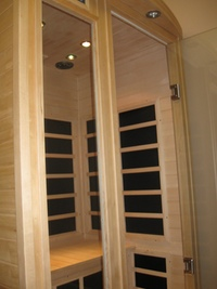 Dry far - infrared sauna available